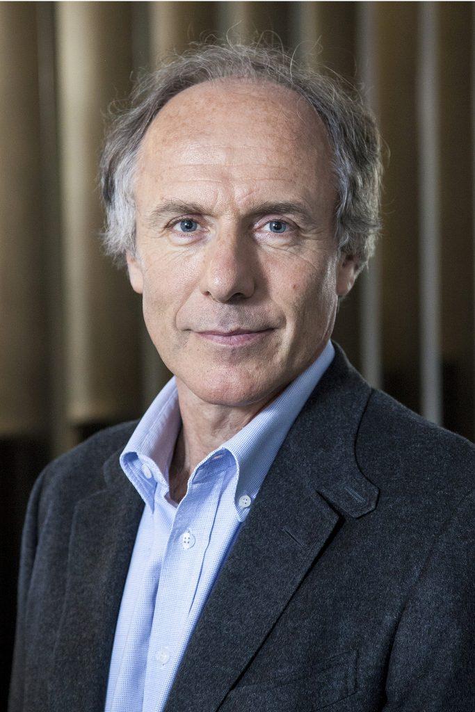 Portrait of Dr Alan Finkle